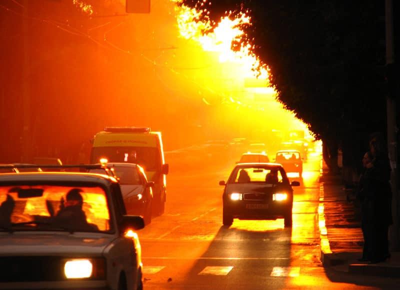Как охладить салон авто в жару без кондиционера: 5 работающих стратегий