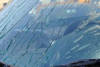 Нанопокрытие лобового стекла автомобиля. Антидождь