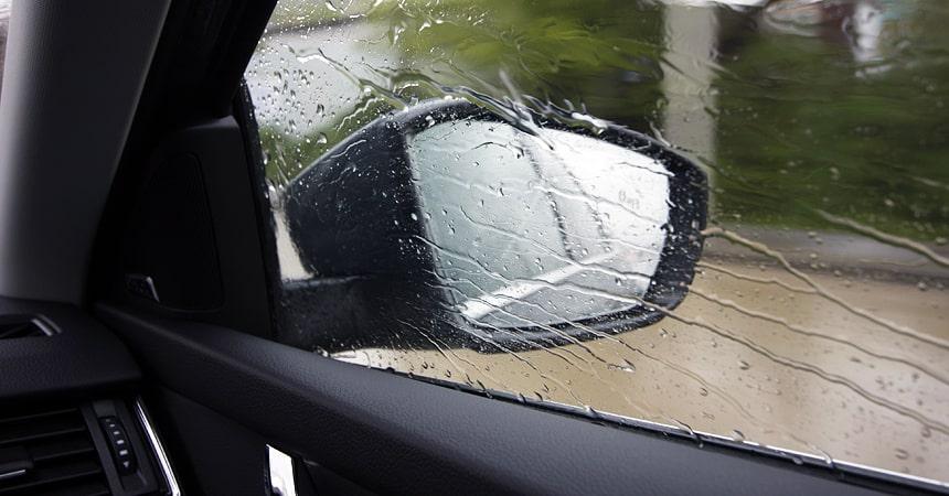 Как защитить боковые стекла от грязи и слякоти?